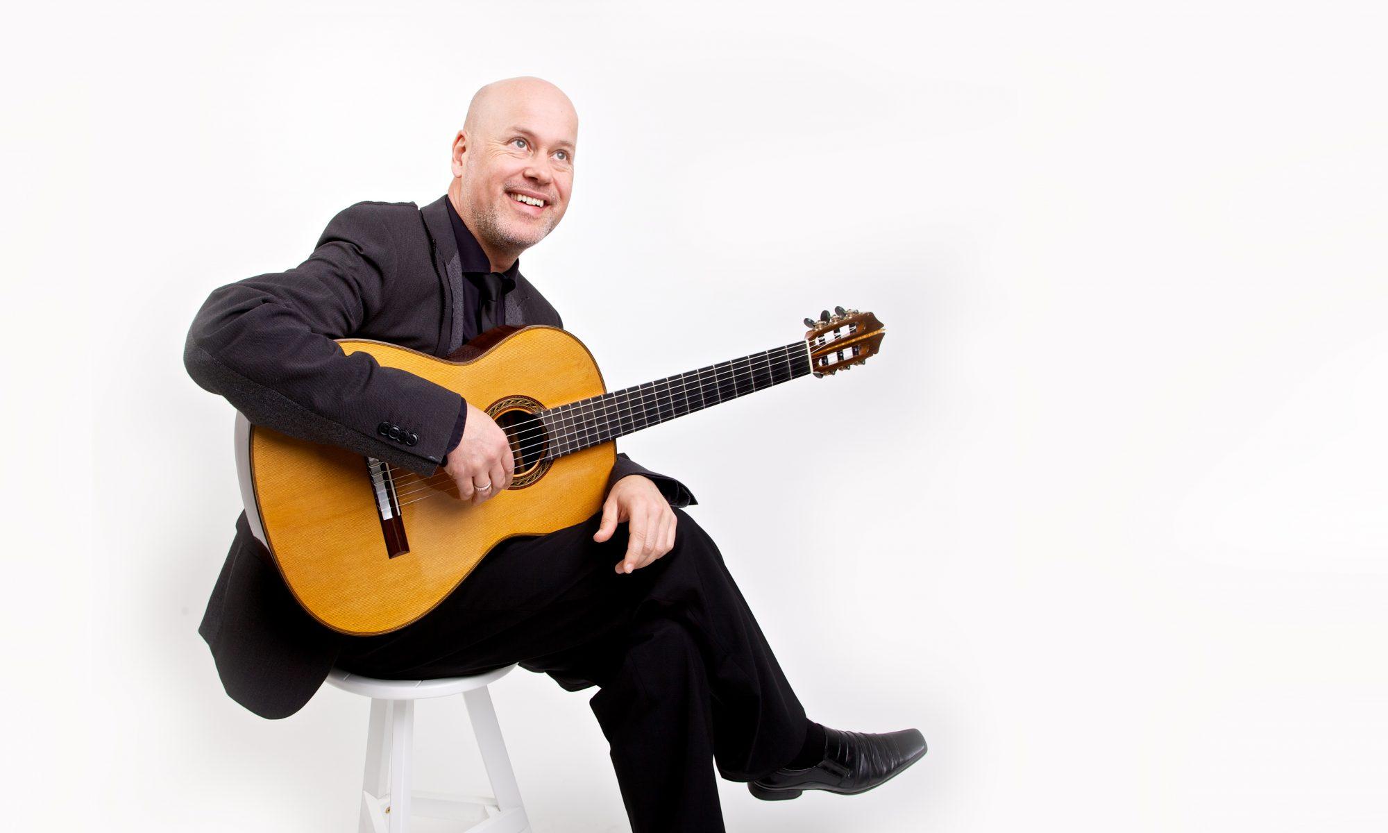Frank Lamm - classical guitarist